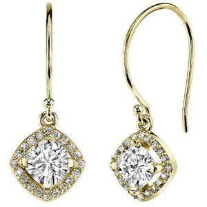 14K Yellow Gold 2.70 carats round cut diamonds